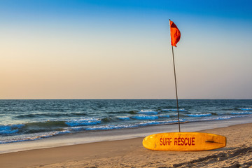 Rescue surfboard