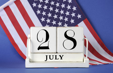 Vintage calendar for 28 July, WWI centenary with USA flag.