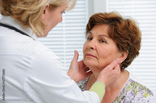 thyroid function examination - 67773686