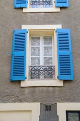 Villefranche-de-Conflent window