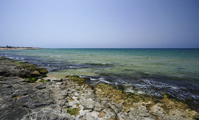 Italy, Sicily, Donnalucata, view of the rocky coast