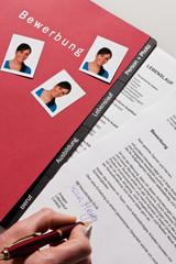 Lebenslauf und Bewerbung Schreiben in Deutsch