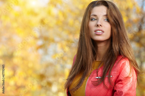 canvas print picture Fashion woman walking in autumn park