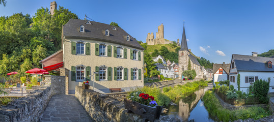 View from a bridge-Panorama Monreal/Eifel