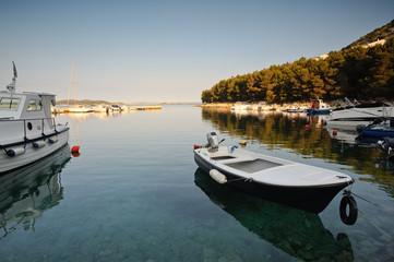 Kleiner Hafen in Kroatien