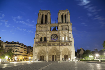 Notre Dame de Paris at early morning
