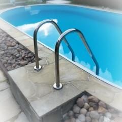 Pool Einstieg