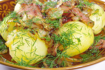 boiled potato with fried bacon