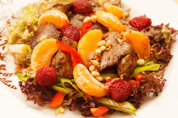 chicken liver with fruits