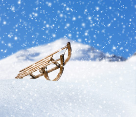 Rodel im Schnee