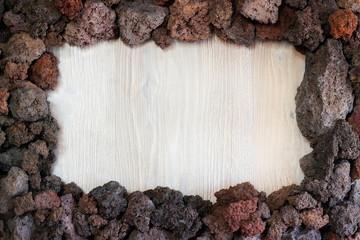 Cornice di pietra lavica dell'Etna