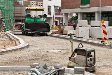 Asphaltierungsarbeiten beim Strassenbau