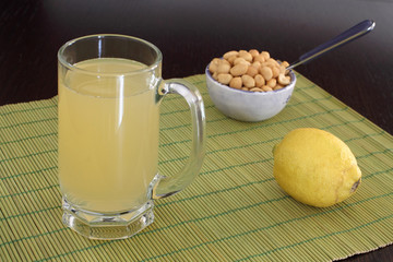 Beer with lemon