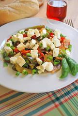griechische gemüsepfanne mit fetakäse