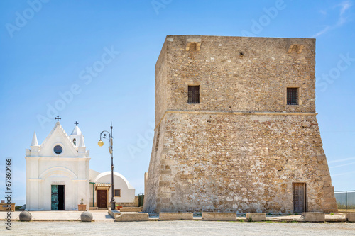Wehrturm bei Capo Colonna, Kalabrien, Italien - 67860466