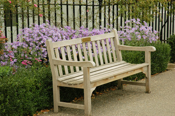 Bench in Kensington Palace Gardens