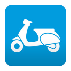 Etiqueta tipo app azul simbolo escuter vista lateral