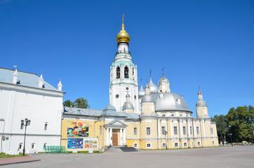 Кремлевская площадь в Вологде, Воскресенский собор и колокольня