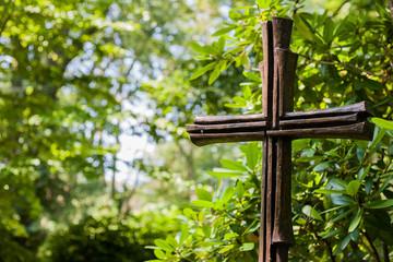Kreuz auf Grün