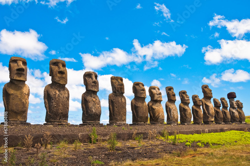 Foto op Canvas Standbeeld Moais in Ahu Tongariki, Easter island (Chile)
