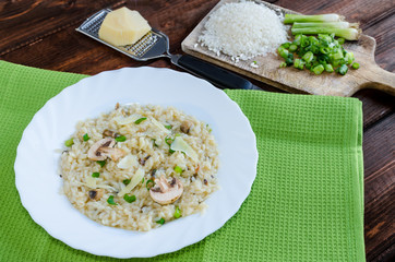 Italien risotto with mushrooms