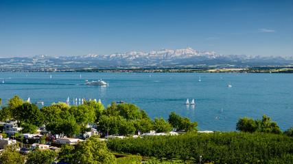 Bodensee mit dem Säntis im Hintergrund