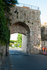 Porta di San Zeno, mura di Pisa
