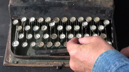 looking ancient typewriter keyboard