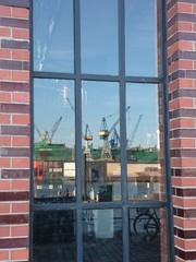 Hamburg, Hafen-Spiegelung