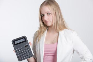 Mädchen mit Taschenrechner