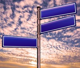Richtungsweisend. Straßenschild, Straßenname, Verkehrsschild