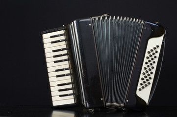 harmonica accordion
