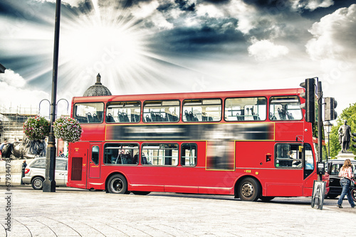Foto op Canvas Londen rode bus The red double decker bus.