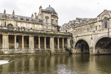 Pulteney Bridge (1774) crosses River Avon in Bath, England, UK.