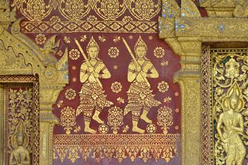 Detalle de un grabado de Wat Saen en Luang Prabang, Laos