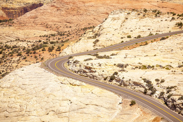 Road through huge plateau in Utah