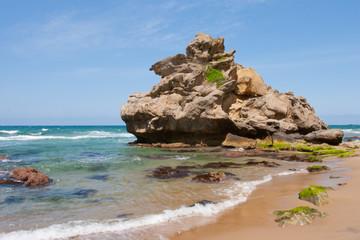 琴が浜の奇岩
