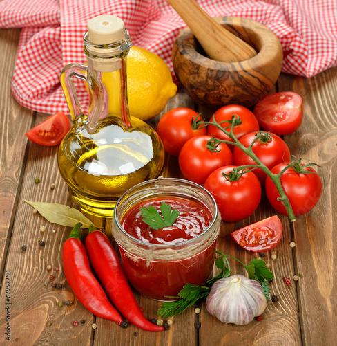 Foto op Canvas Kruiderij Tomato sauce with vegetables