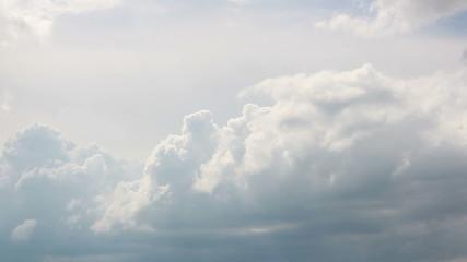 Schlechtwetterwolken ziehen vorbei