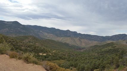 Lovell canyon trail