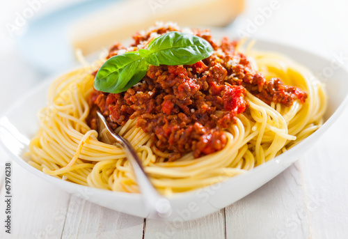 Staande foto Assortiment Bowl of delicious Italian spaghetti Bolognese