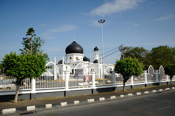 Alwi Mosque in Kangar view from the main road