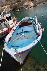 Barca ormeggiata al porto