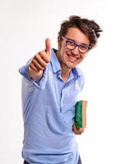 Retrato de un estudiante feliz y exitoso.Estudiante exitoso.