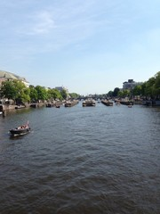 hochwasserwehr in der Amstel / Amsterdam