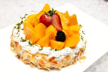 Cheese cake with mango