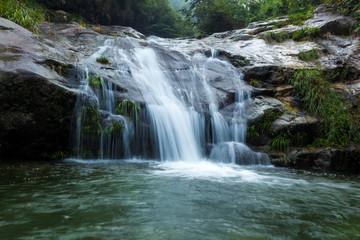 saitip waterfall pusoidao thailand