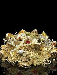 Wertvoller Goldschmuck