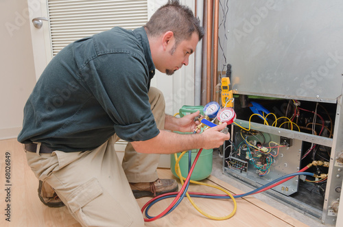 HVAC Technician Working - 68026849