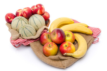 Composition of melons, nectarines, apples and bananas
